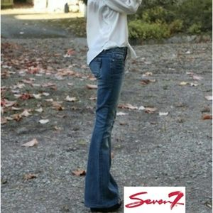 NWT SEVEN7 Sexy Flare Jeans